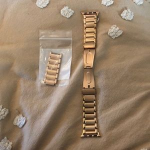 Apple Watch Casetify gold link band!